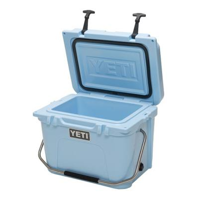 Roadie 20qt Cooler Blue
